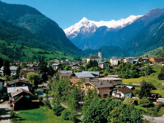 Austrija kalni un ciemats
