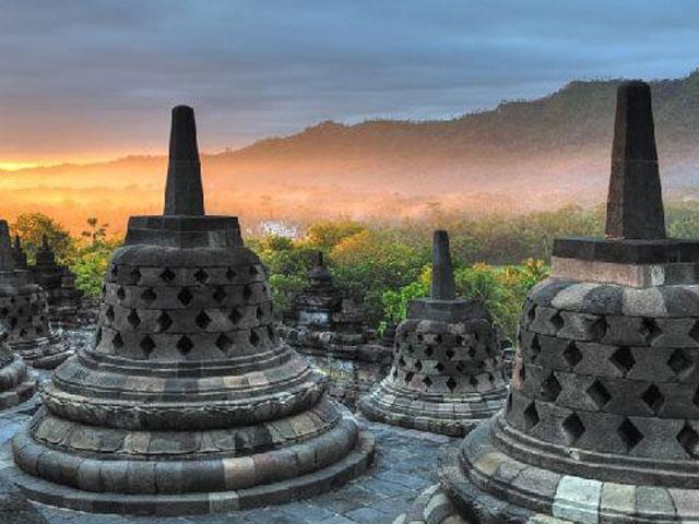 Indonēzijas apskates objekti Borobudura