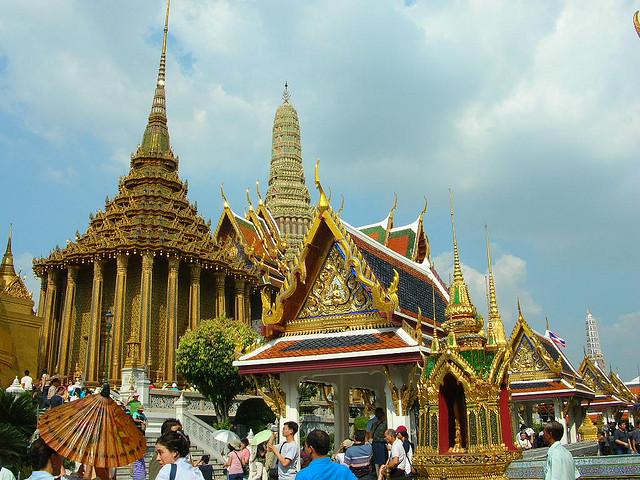 Taizeme Bangkoka pils templis